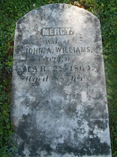 File:Mercy Williams headstone.jpg